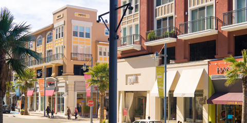 AVE Emeryville at Bay Street is an energetic community in the heart of Bay Street Emeryville, an eclectic urban village offering shopping, dining, and entertainment.